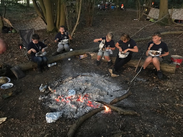 24hrs Survival Camp – Lamarsh Park Woods